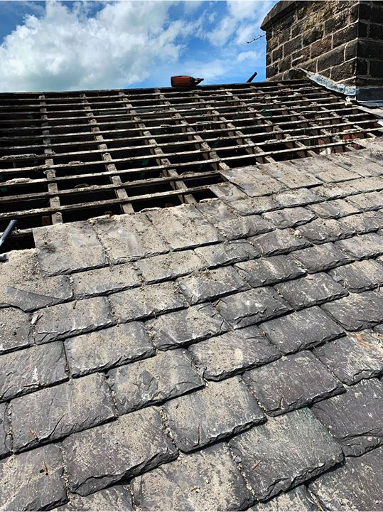 Recent reroof Barrowford, Lancashire Our roofing team have been busy in Slate reroof with…